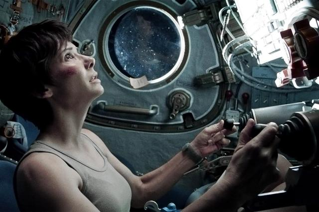 gravity-movie-review-sandra-bullock-ship